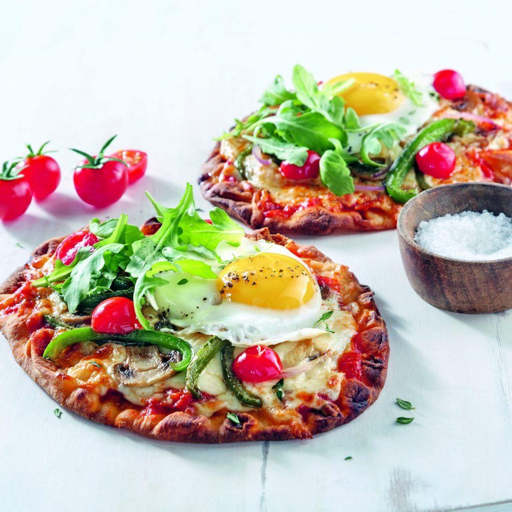 Pizza aux oeufs miroir