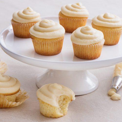cupcakes-classiques-a-la-vanille