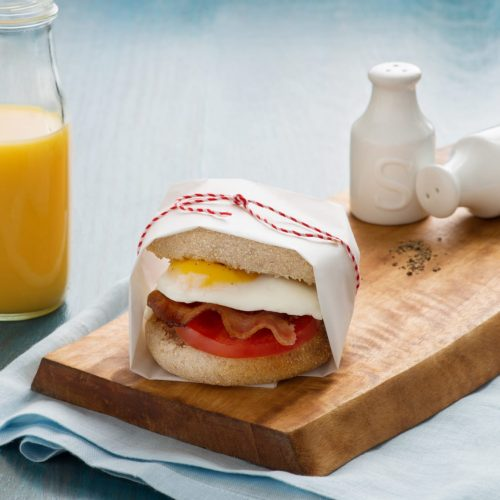 fried-egg-tomato-and-bacon-breakfast-sandwich-041sbs-high-res