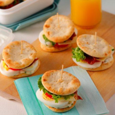 mini-sandwichs-aux-oeufs