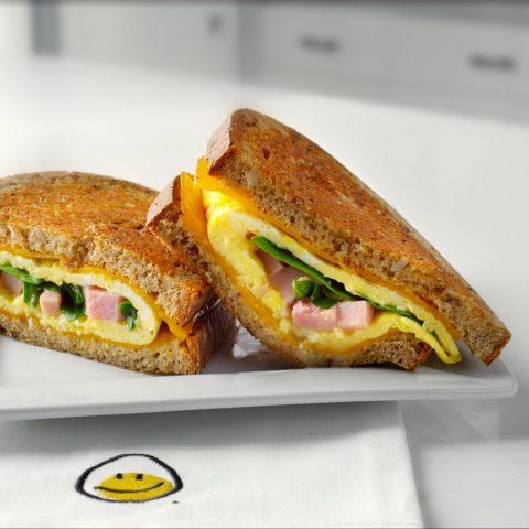 panini-a-lomelette-et-au-jambon