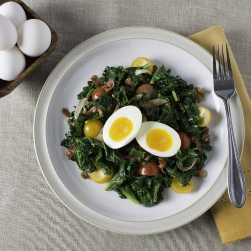 salade-aux-oeufs-mollets-avec-vinaigrette-tiede-a-la-pancetta