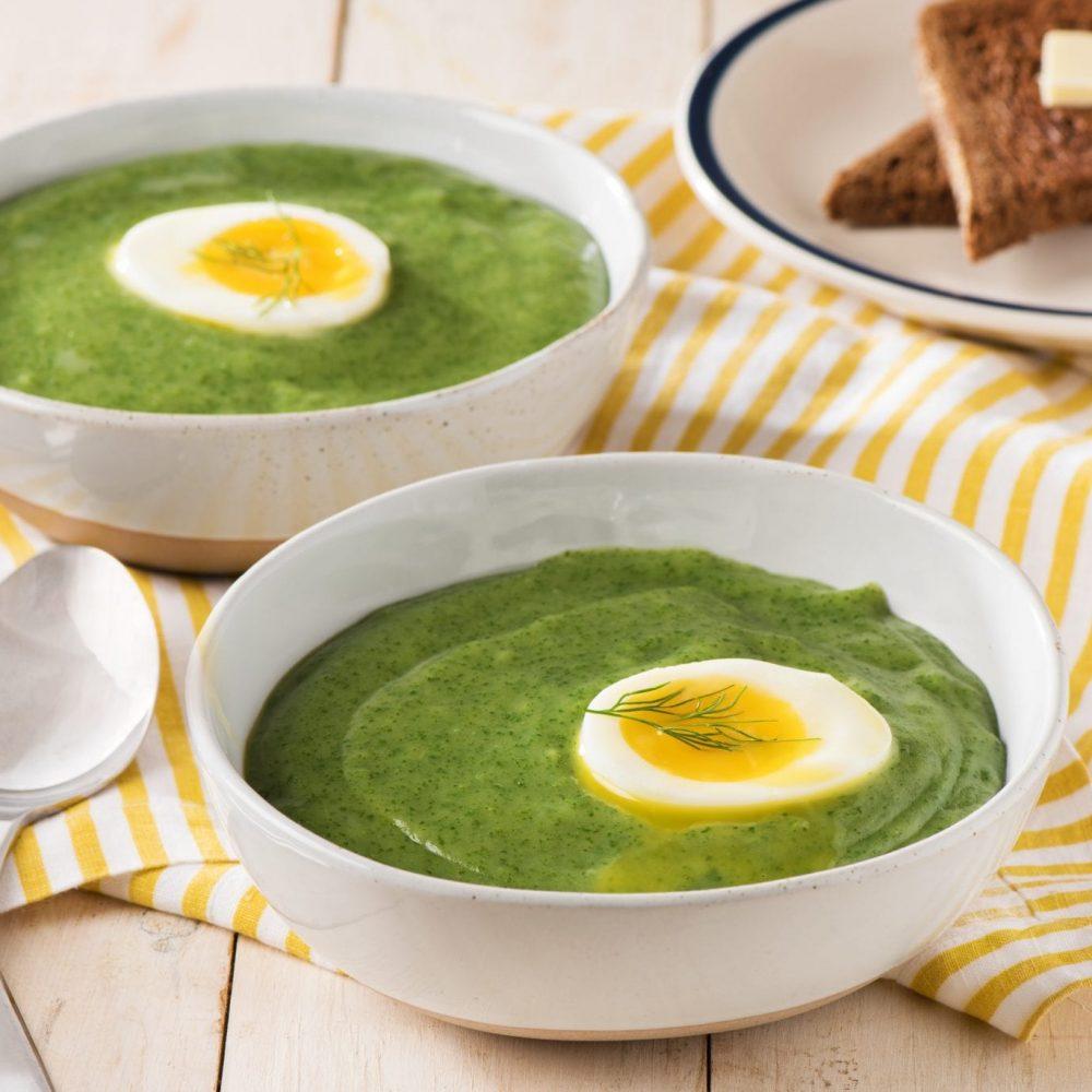 soupe-aux-epinards-et-a-laneth-avec-oeufs-mollets